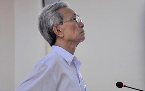 Thẩm phán tuyên án treo ông Nguyễn Khắc Thủy khẳng định hoàn toàn trong sạch - Ảnh 1