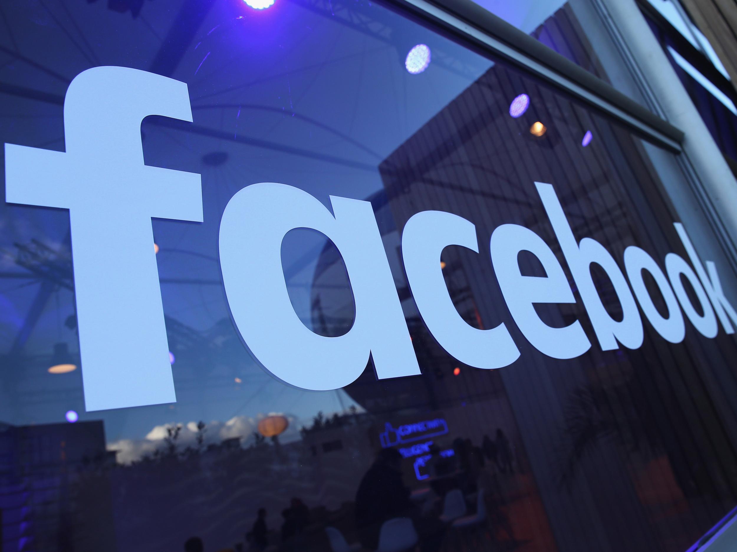 """Lần đầu tiên, Facebook bị một quốc gia """"cấm cửa"""" vì tin tức giả mạo - Ảnh 1"""