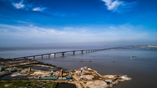 Hải Phòng đề xuất xây dựng cây cầu vượt biển 7.000 tỷ đồng - Ảnh 1
