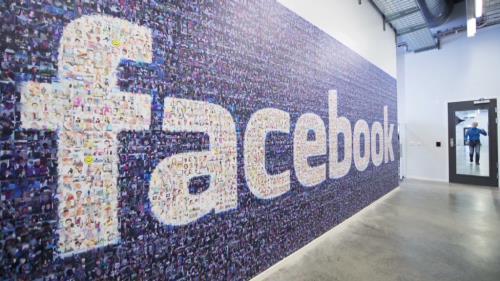 Facebook độc quyền Ngoại hạng Anh tại Việt Nam, người xem nửa mừng nửa lo - Ảnh 2