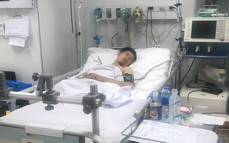Nam thanh niên đứt lìa 2 chân, bệnh viện tiếp 5 lít máu cứu khỏi tay tử thần - Ảnh 1