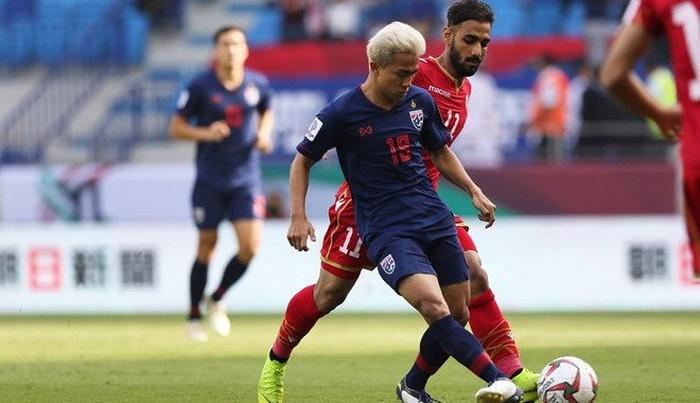 """Cầm chân UAE và vượt qua vòng bảng Asian Cup 2019, đội tuyển Thái Lan """"bơi trong biển"""" tiền thưởng  - Ảnh 1"""