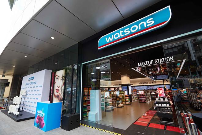 """Chuỗi bán lẻ Watsons của tỷ phú giàu nhất Hồng Kông """"đổ bộ"""" vào Việt Nam - Ảnh 1"""