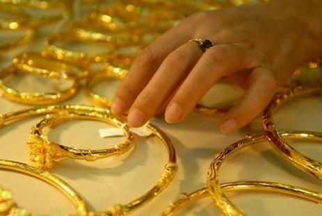 Giá vàng hôm nay 8/1/2019: Vàng SJC tăng đột biến tới 70.000 đồng/lượng - Ảnh 1