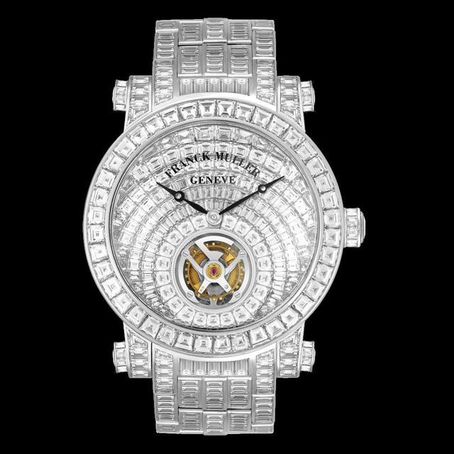 Đồng hồ đeo tay giá lên tới 46 tỷ đồng được chế tác tinh xảo và tuyệt mỹ cỡ nào? - Ảnh 1