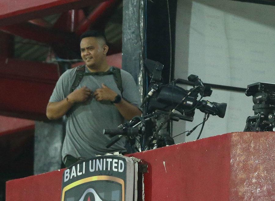 HLV Park nổi giận vì phát hiện máy quay ghi hình tuyển Việt Nam tập luyện - Ảnh 2