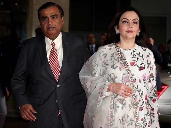 Những tỷ phú giàu nhất Ấn Độ sở hữu núi tài sản cao ngất khiến thiên hạ ngước nhìn muốn gãy cổ - Ảnh 1