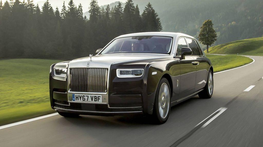 Bảng giá xe Rolls Royce mới nhất tháng 11/2019: Rolls Royce Cullinan hơn 41 tỷ đồng chỉ dành cho giới siêu giàu - Ảnh 2