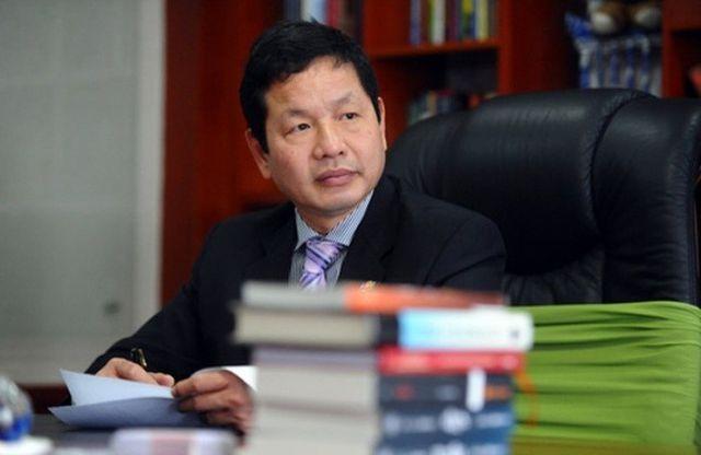 Điện thoại, máy tính buôn bán cầm chừng, ông Trương Gia Bình chuyển hướng đi bán thuốc và bất ngờ lãi mạnh - Ảnh 1