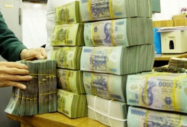 NHNN bơm ròng 25.000 tỷ đồng, lãi suất liên ngân hàng tăng vọt - Ảnh 1