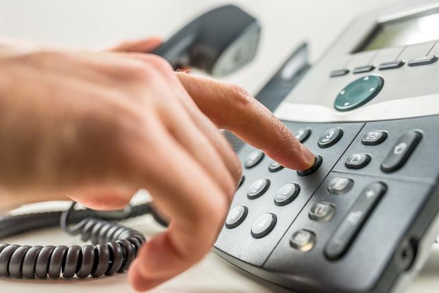 Đề xuất phạt tới 40 triệu đồng đối với hành vi gọi điện quảng cáo sau 10h đêm - Ảnh 1