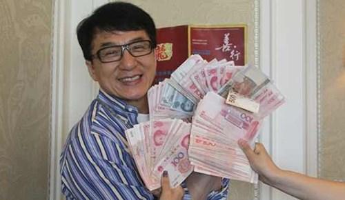 """""""Choáng"""" với khối tài sản siêu khủng hơn 8.000 tỷ của ngôi sao võ thuật Thành Long - Ảnh 4"""