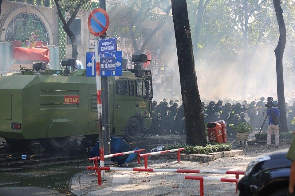 Lực lượng hùng hậu hơn 4.000 người tham gia diễn tập chống khủng bố ở TP.HCM - Ảnh 2