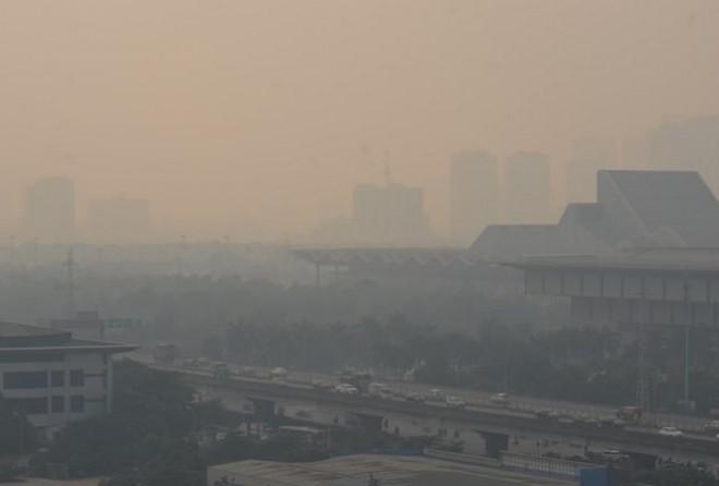 Bộ Tài nguyên và Môi trường chỉ đích danh 'thủ phạm' khiến ô nhiễm không khí ở Hà Nội tăng cao - Ảnh 1
