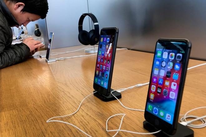 Sốc: Ăn cắp linh kiện iPhone tuồn ra ngoài, nhân viên Foxconn thu lợi tới 43 triệu USD  - Ảnh 1