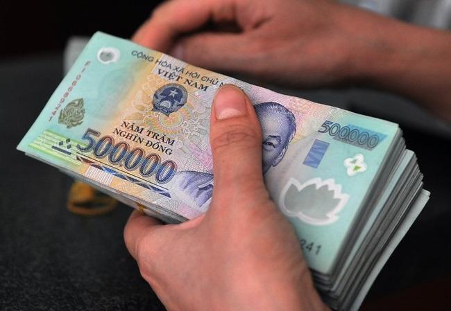 Quảng Nam ghi nhận trường hợp hưởng lương tới hơn 300 triệu đồng/tháng - Ảnh 1