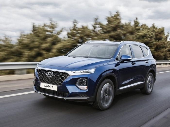 """Bảng giá xe Hyundai mới nhất tháng 12/2019: """"Em út"""" Hyundai Grand i10 giá rẻ nhất, chỉ 315 triệu đồng - Ảnh 1"""