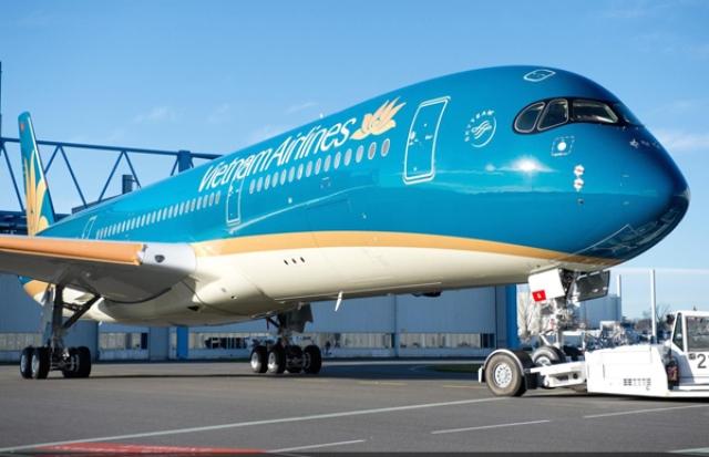"""Vietnam Airlines đề xuất trần giá vé máy bay nội địa để """"cởi trói"""" cho doanh nghiệp - Ảnh 1"""