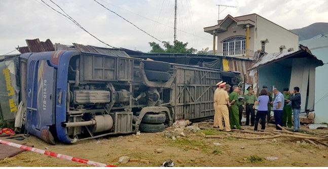 Xe khách gây tai nạn kinh hoàng ở Khánh Hòa chạy  tốc độ 84km/h trước khi lao vào nhà dân - Ảnh 1