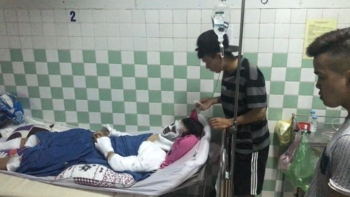 Việt kiều bị tạt axit, cắt gân ngày Tết: Anh trai nạn nhân bất ngờ rời quê  - Ảnh 1