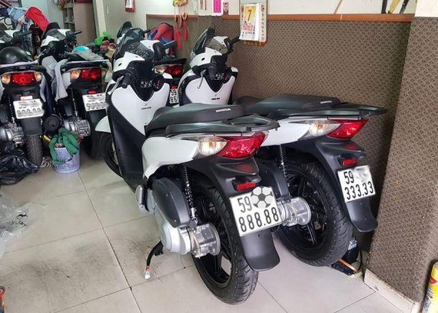 """Honda SH biển """"khủng"""", hàng hiếm được chào bán giá gần 2 tỷ đồng - Ảnh 1"""