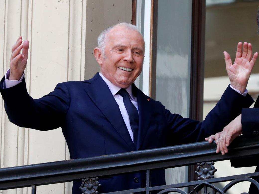Tỷ phú giàu thứ hai tại Pháp đã lập nghiệp ra sao khi bỏ học từ năm 16 tuổi? - Ảnh 2