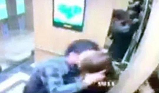 Nguyên Giám đốc Công an Hải Phòng phủ nhận người cưỡng hôn nữ sinh trong thang máy là cháu mình - Ảnh 1
