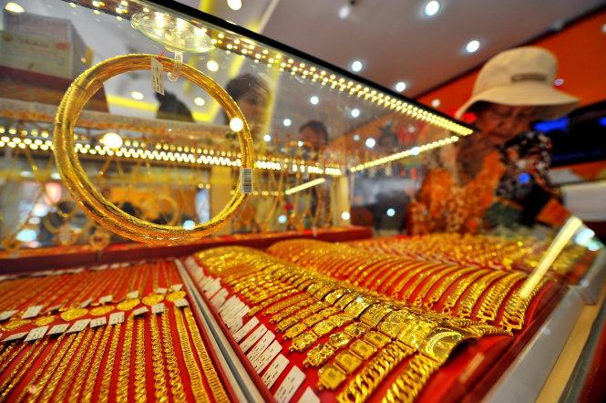 Giá vàng hôm nay 18/4/2019: Vàng SJC tiếp tục giảm 40.000 đồng/lượng - Ảnh 1