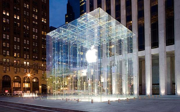 Sinh viên Mỹ kiện Apple, đòi 1 tỉ USD bồi thường vì bị nhận nhầm là trộm - Ảnh 1