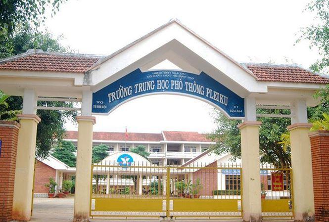 Điều tra vụ nam sinh ở Gia Lai bị đâm chết khi vừa ra khỏi trường - Ảnh 1
