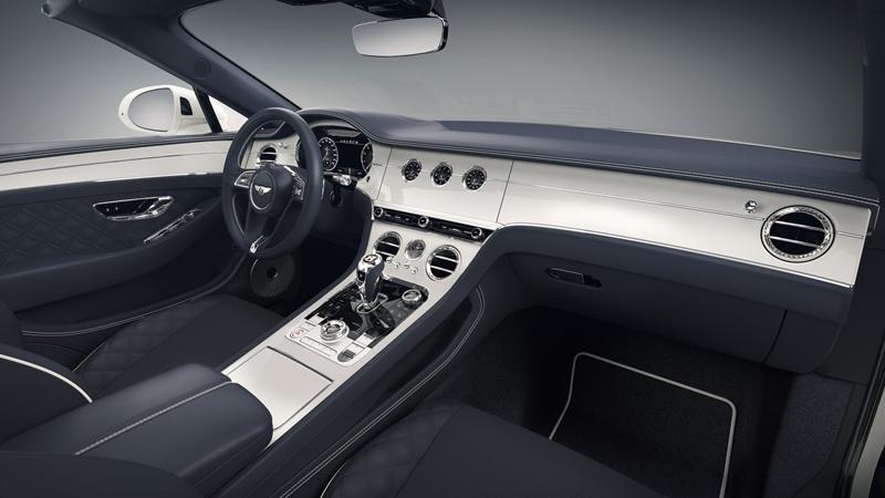 """""""Mãn nhãn"""" với từng chi tiết cận cảnh của Bentley Continental GTC Bavarian Edition giới hạn - Ảnh 2"""