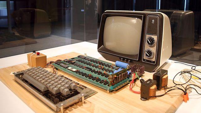 Máy tính Apple đời đầu còn sót lại dự kiến được bán gấp khoảng 900 lần giá gốc - Ảnh 1