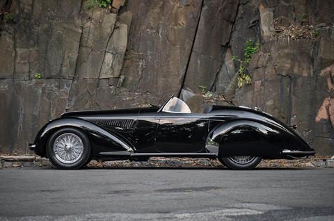 """Alfa Romeo 80 năm tuổi nhận danh hiệu """"hoa hậu quý bà"""" trong làng xe cổ - Ảnh 1"""