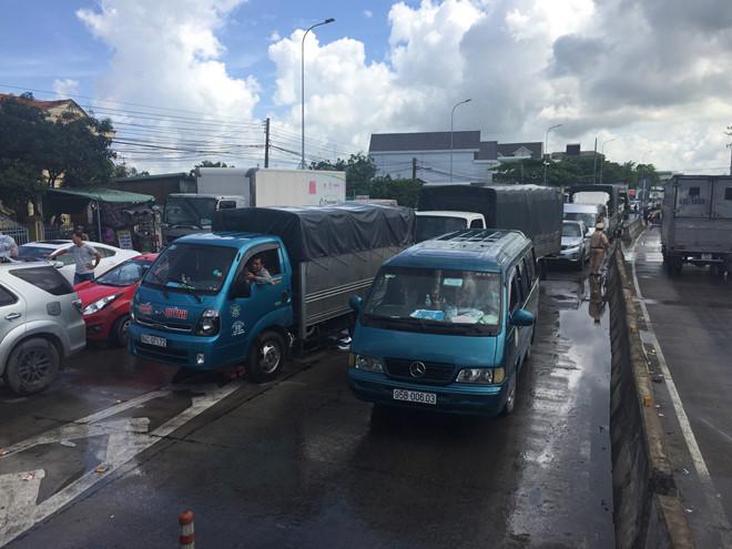 An Giang giảm 50% giá vé cho nhiều phương tiện qua BOT T2 - Ảnh 1