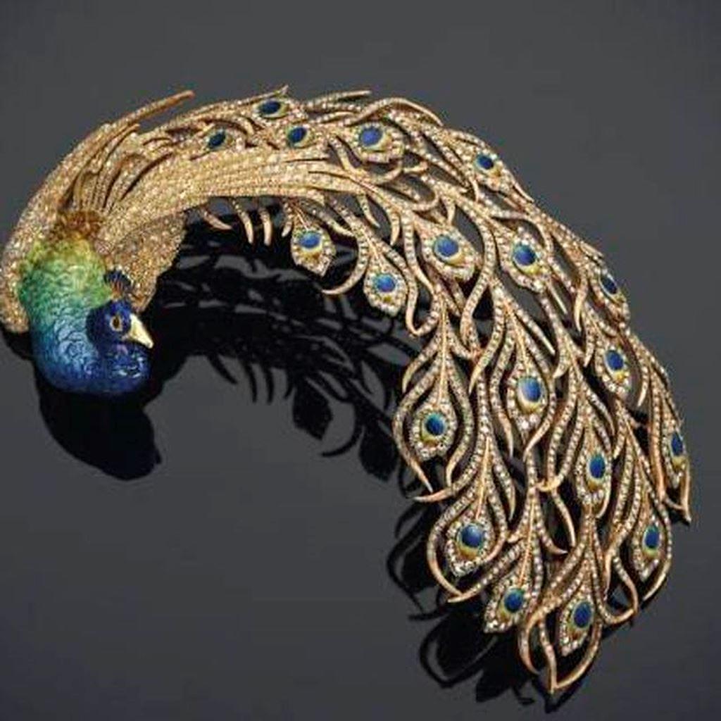 Kho báu đầy trang sức, đá quý trị giá 2,7 nghìn tỷ sắp được đấu giá - Ảnh 2