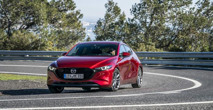 Mazda nêu lý do triệu hồi hơn 12.000 xe tại Mỹ và Canada  - Ảnh 1