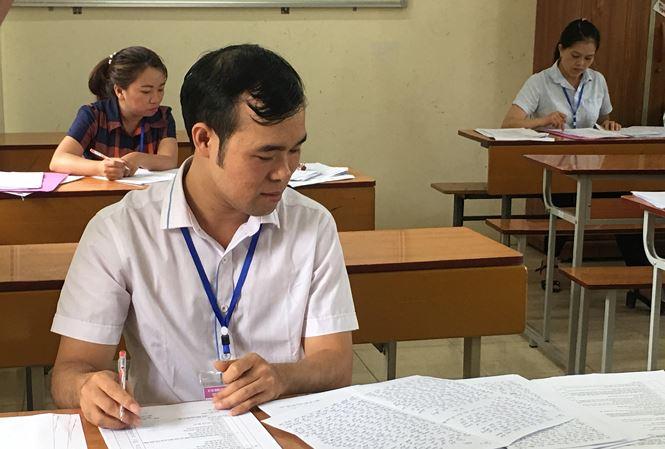 Hơn 10.000 bài thi trắc nghiệm ở Thanh Hóa mắc lỗi tô đáp án - Ảnh 1