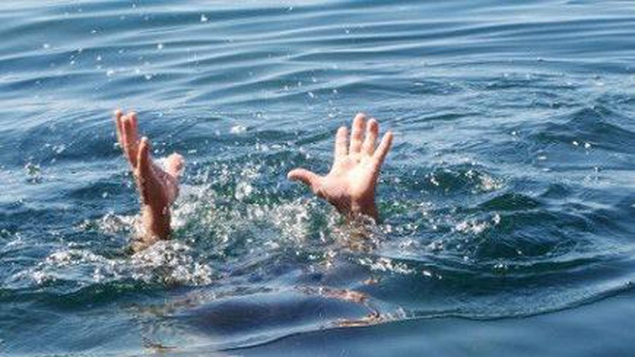 Đi thả lưới, hai cha con đuối nước tử vong thương tâm - Ảnh 1