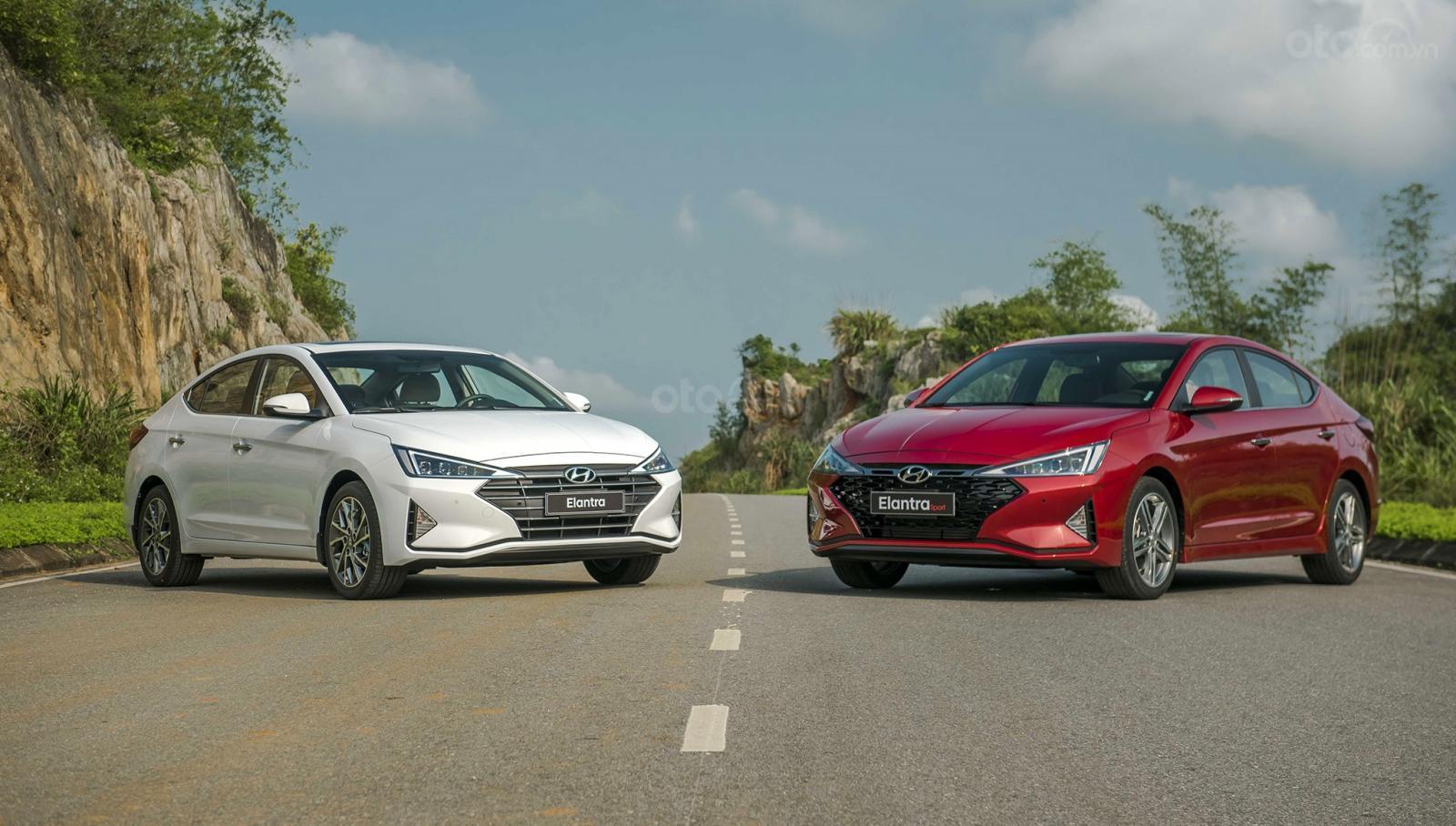 Bảng giá xe ô tô Hyundai mới nhất tháng 9/2019: SantaFe 2019 giá cao nhất 1,245 tỷ đồng - Ảnh 1