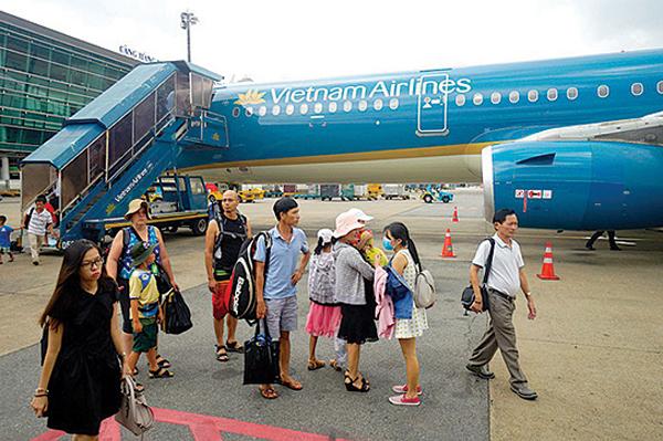 Tăng 11.000 vé máy bay từ TP.HCM về 7 tỉnh, thành dịp Tết, hành khách còn nhiều cơ hội - Ảnh 1
