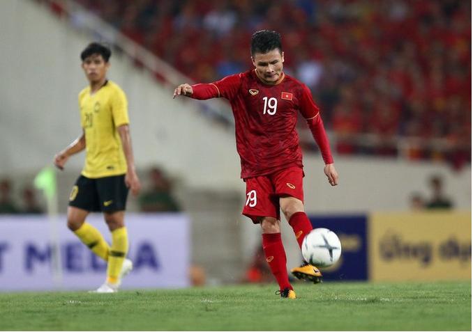 HLV Park Hang Seo chốt số áo chính thức cho U23 Việt Nam, bất ngờ về chủ nhân áo số 10 - Ảnh 1