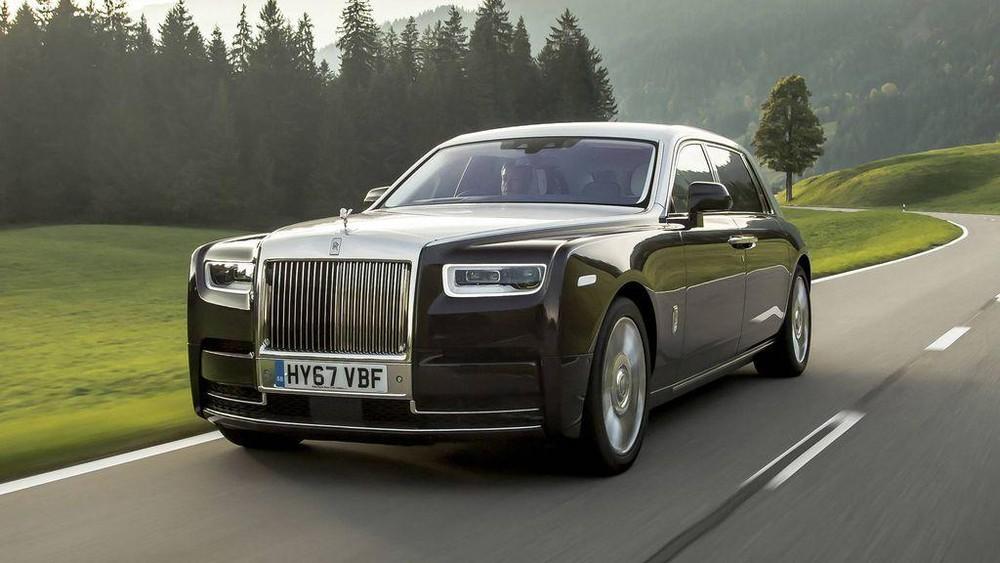Bảng giá xe Rolls-Royce mới nhất tháng 1/2020: Phantom EWB siêu sang giá hơn 54 tỷ đồng  - Ảnh 1