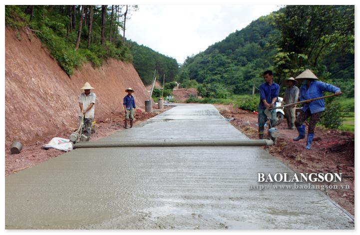 Lạng Sơn: Nỗ lực phát triển giao thông nông thôn - Ảnh 1