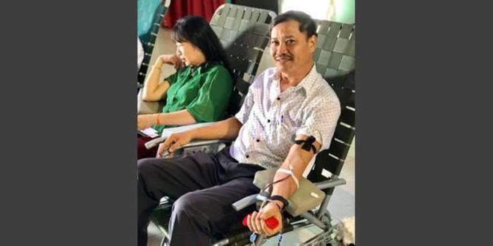 Nghĩa cử cao đẹp: Thầy giáo 24 lần hiến máu cứu người - Ảnh 1