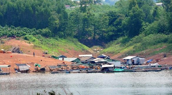 Đồng Nai phê duyệt đề án Quản lý, sắp xếp, ổn định vùng nuôi cá bè trên hồ Trị An - Ảnh 1