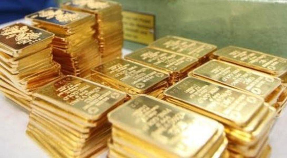 """Giá vàng 'bốc hơi' thêm 700.000 đồng/lượng khiến giới ôm vàng """"lướt sóng"""" khóc ròng - Ảnh 1"""