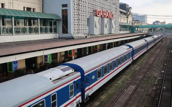 Đường sắt đứng trước nguy cơ dừng chạy tàu: Lỗi tại cơ chế hay quản lý yếu kém? - Ảnh 1