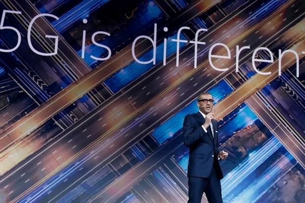 Giám đốc điều hành Nokia bất ngờ từ chức  - Ảnh 1