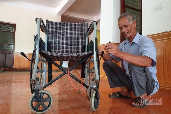 Cựu binh Hà Tĩnh gây xúc động khi dành lương hưu tặng quà cho bệnh nhân nghèo - Ảnh 1