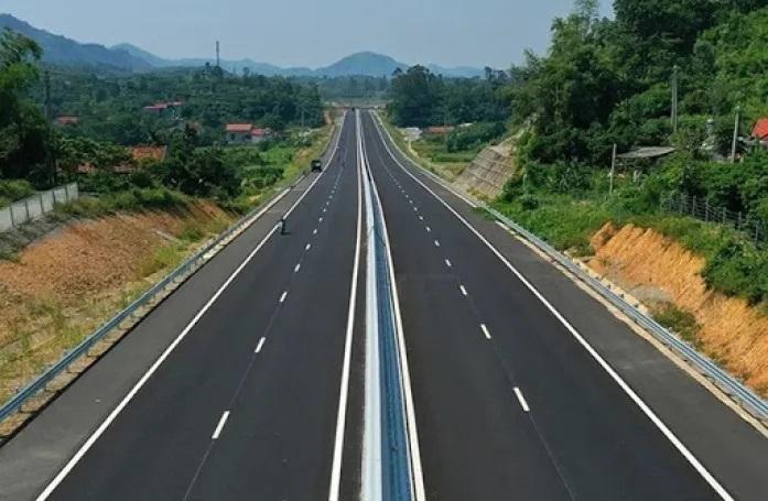 Bình Thuận muốn triển khai cao tốc Vĩnh Hảo - Phan Thiết theo hình thức đầu tư công - Ảnh 1